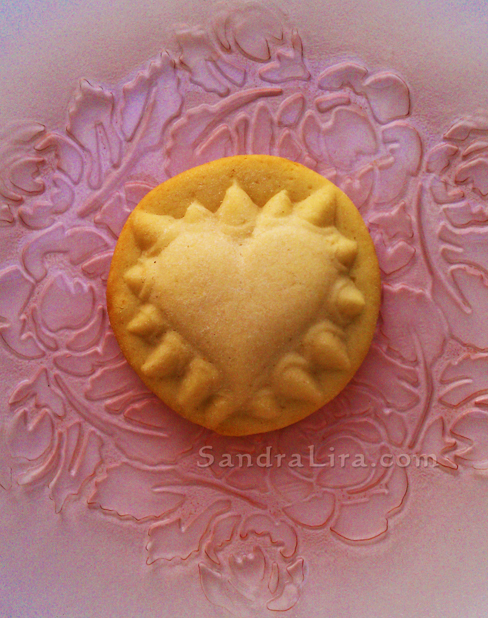 "New Valentine's Day Heart cookie mold...with Talons... from ZANDA PANDA -""Hurts So Good"""